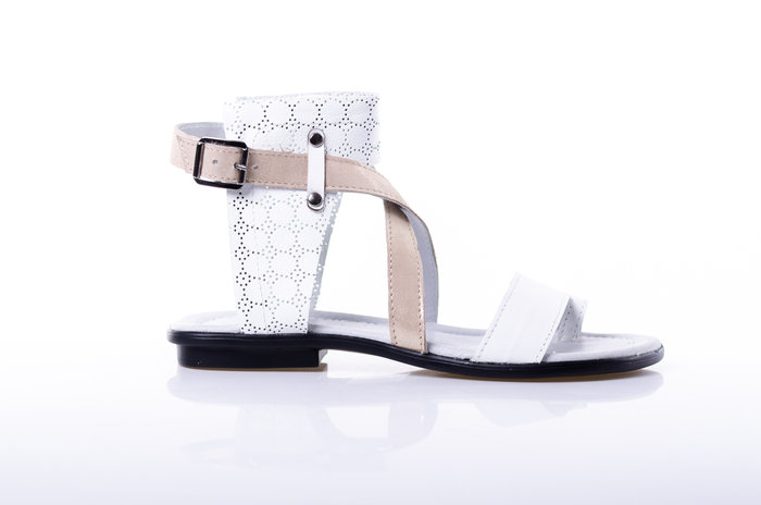 18d91c5f810 Дамски сандали от естествена кожа